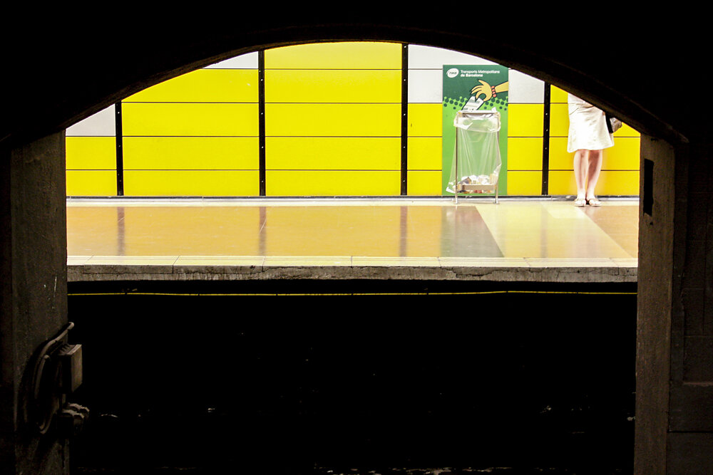 Metro platform in Barcelona, 2010.